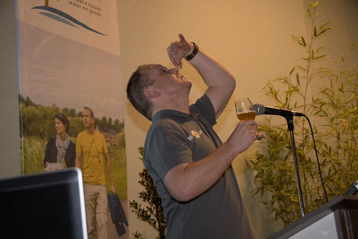 Business-bierdegustatie-5-werner-proeft Beer tasting